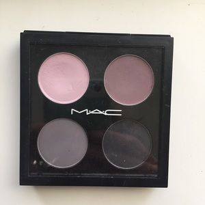 MAC Cosmetics quad of eyeshadow set